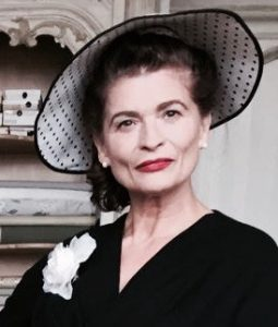 Aenne Burda; Gabrielle Scharnitzky; ARD; Coco Chanel; Fashion Designer; Berlin; Paris,